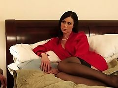American, Bedroom, Brunette, Hardcore, Housewife, Kendra Lust, Lingerie, MILF, Mom, Old And Young,