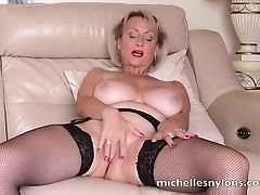 Cougar, Fingering, Mature, Naughty, Pussy, Wet,