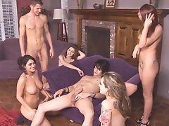 Bailey Blue, Charley Chase, Groepsseks, Monique Alexander, Natuurlijke Tieten, Orgy, Op Een Feest,