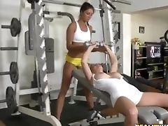Big Tits: 5557 Videos